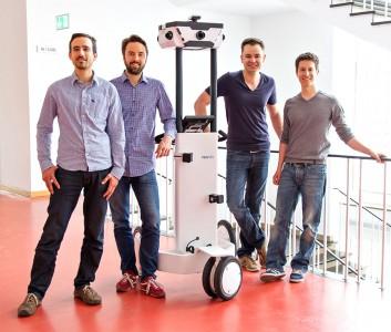 V.l.n.r.: Robert Huitl, Sebastian Hilsenbeck, Dr. Georg Schroth und Dr. Felix Reinshagen